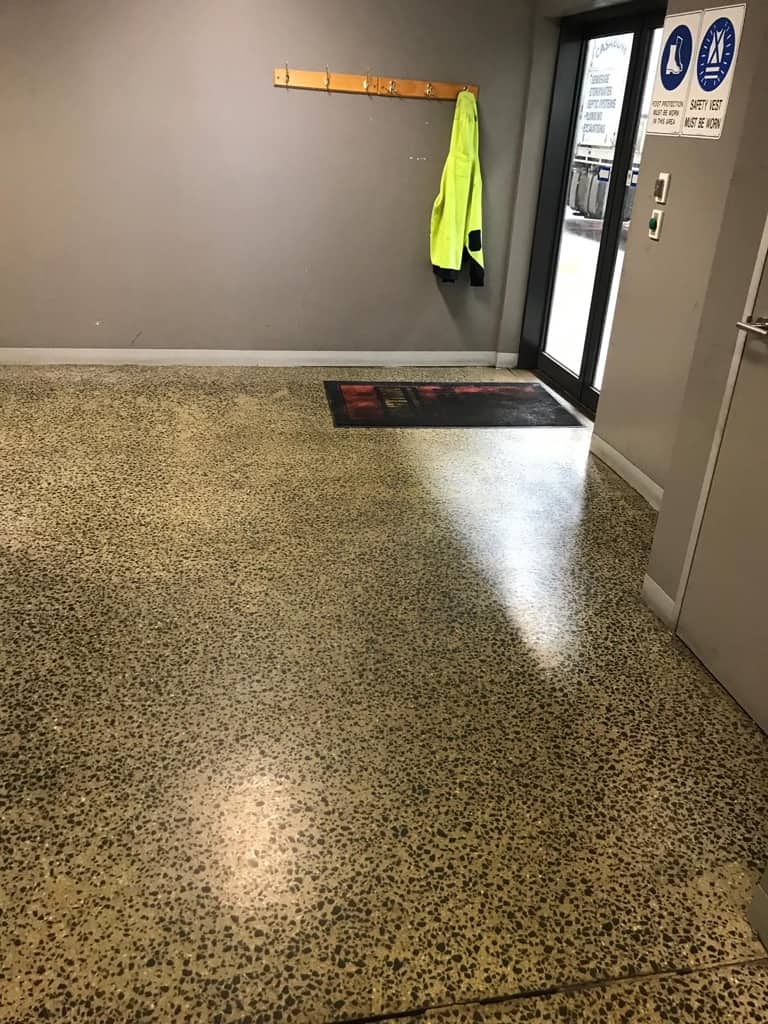 Concrete Floor Cleaning Scrubbing Derrimut Melbourne | Performance Group